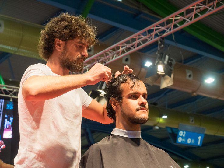 La 2ª edición de Estilo MLG, Salón de #Peluquería, #Barbería, #Belleza y #Estética, celebrada en el Palacio de #Ferias y #Congresos de #Málaga del 14 al 16 de octubre, convirtió a Málaga en el centro de atención del sector de la imagen personal | #CelebraMLG