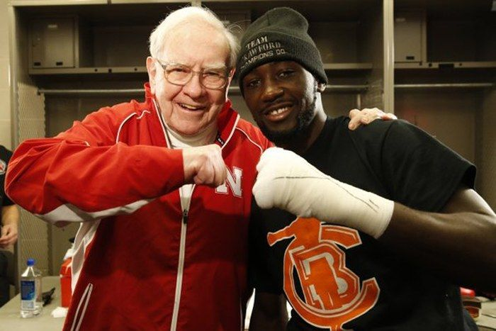 Terence Crawford's number one fan, Warren Buffett, was at Century Link Center in Omaha to enjoy Crawford's victory on Saturday. Photo: Will Hart, HBO Boxing