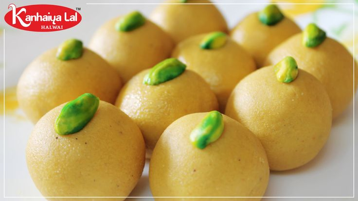 Try these rich and absolutely delectable Besan Laddoos prepared from Besan and pure ghee! They have a longer shelf-life outside the fridge because they are made with ghee. #kanhaiyalalhalwai #SelfieRestaurant.#delicious #food #sweet #gulabjamun #rasgulla #jalebi #kajukatli #bengalimithai #kesarbarfi #rajbhog #rasmali #motichurladdu #besanladdu #rabri #kachori #mirchibada #samosa #selfie #restaurant #saganer #mansarover #pinkcirty #jaipur #rajasthan