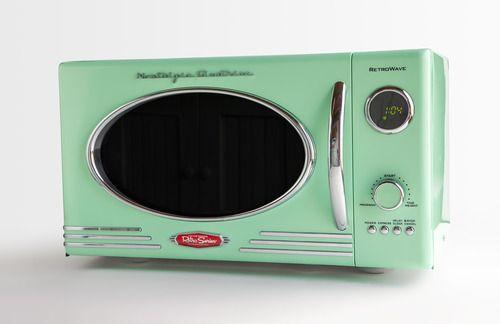 Amazon.com: Nostalgia Retro Limited Edition Emerald ...