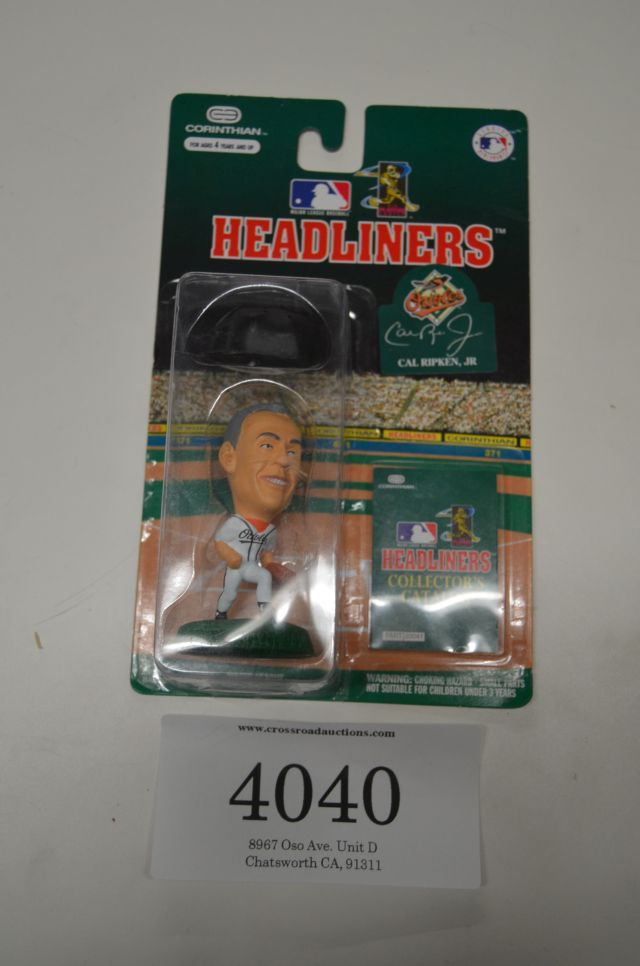 Headliners - Cal Ripken Jr Vinyl 3in figure Major league Baseball