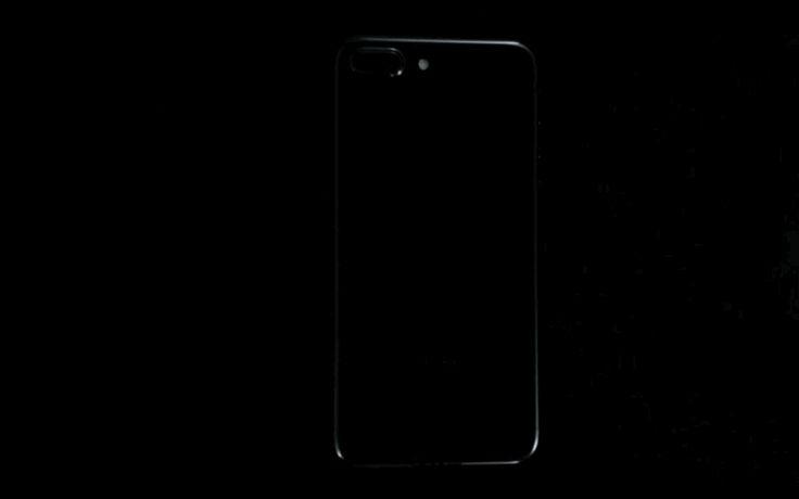 """Обзор обзоров iPhone 7: царапается ли """"черный оникс"""", можно ли брать в душ, как фотографирует - Вести.Hi-tech"""