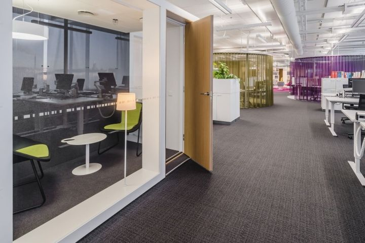 Desain Kantor Pusat Alma oleh Jasa Arsitek Gullsten
