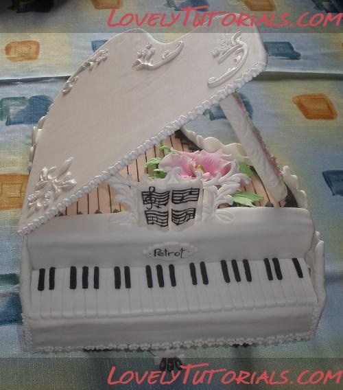 piano cake step by step...........I made my grandmother a white piano cake once! (not this nice) I totally forgot about it until now, I'll have to look for a picture and pin it!