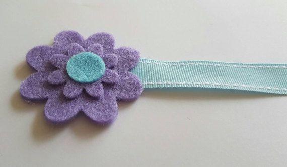 Check out this item in my Etsy shop https://www.etsy.com/uk/listing/510577115/felt-flower-bookmark-felt-bookmark
