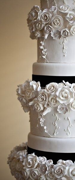 black and white themed wedding cakes 947 best fondant wedding cakes images on 11842