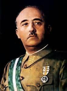 Francisco Franco es un general que quiere controlar España. Él es un hombre cruel cruel.