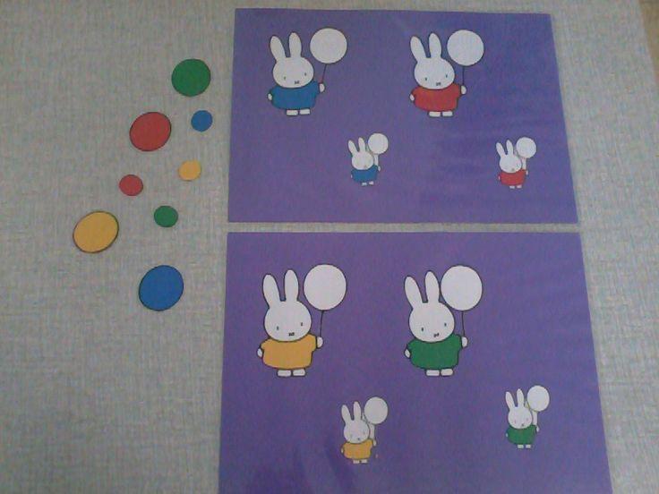 Groot - klein, verschillende kleuren. Je kan er een kleurendobbelsteen aan toevoegen op er een kleurenspel van te maken
