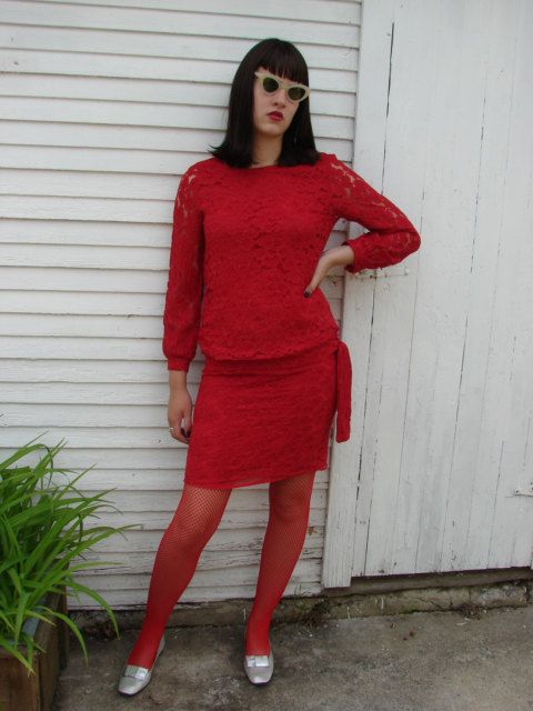 VINTAGE RED LACE COCKTAIL DRESS BY DESIGN by recycledandwearable