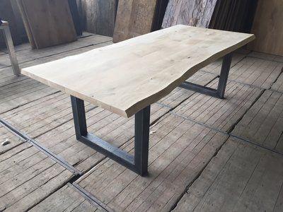 Houthandel Woerden Eiken tafelbladen met een boomstamkant volledig massief! Bladdikte: 5cm €495