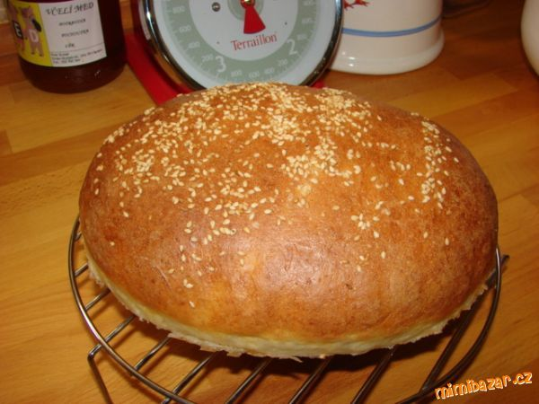 Těsto z pekárny-CHLÉB S PODMÁSLÍM