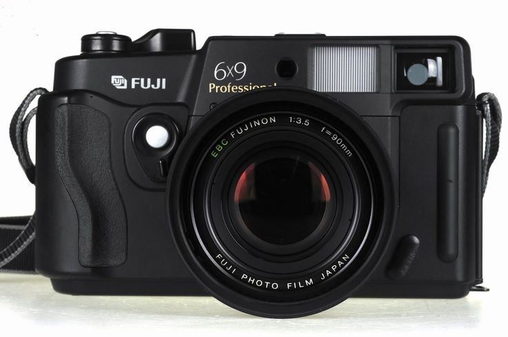 Fuji GW690III 6x9cm medium format rangefinder camera. HUGE negative, large camera, stunning quality.
