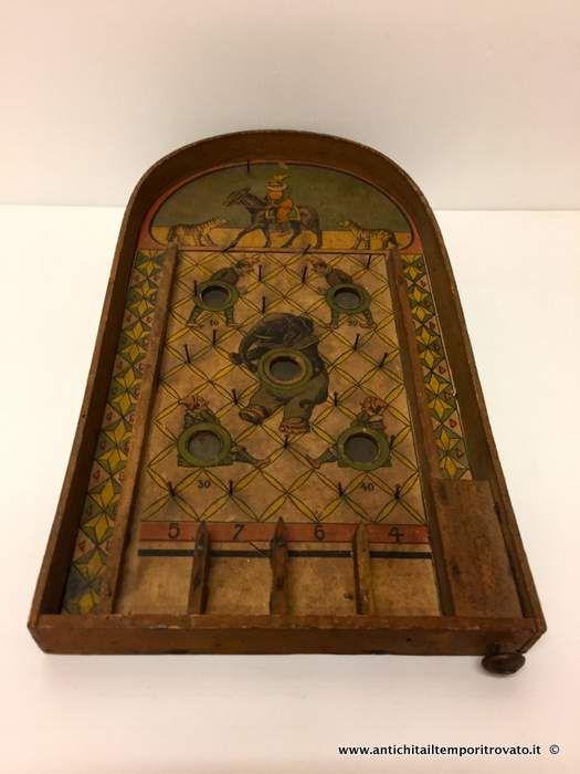 Giocattoli antichi - Giocattoli Antico flipper in legno - Gioco del flipper dei primi del 900 Immagine n°1