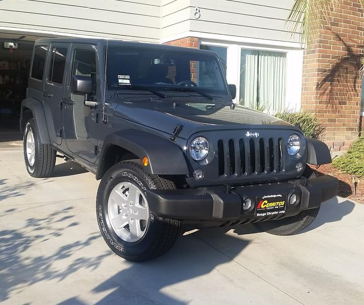 I decided my Liberty needed a new friend so I got a new 2016 Wrangler Unlimited! #jeep #jeeplife #Wrangler #jeeps #Cherokee #JeepMafia #offroad #4x4