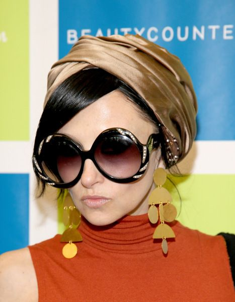 Your Ultimate Guide to Celebrity Sunglasses   StyleCaster