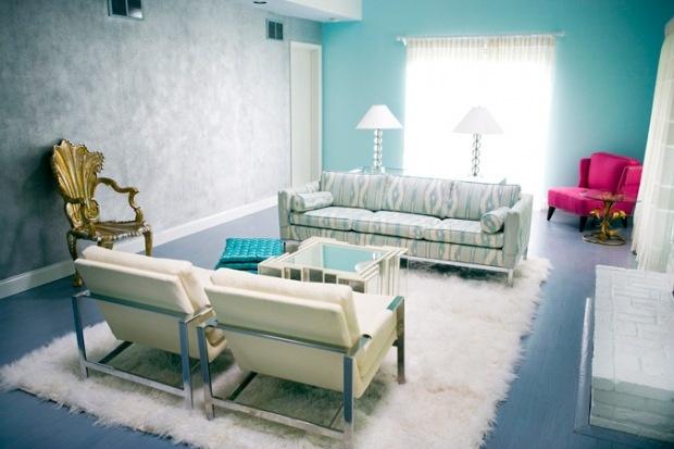 Blue living room decoration.. Mavi oturma odası dekorasyonu..