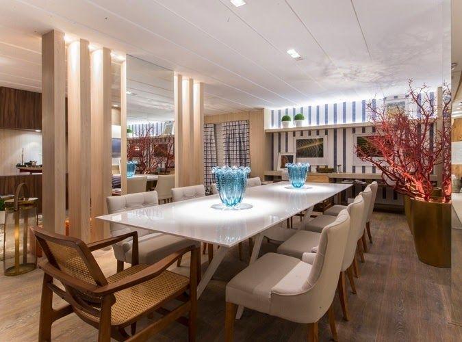 Salas de jantar com 8 e 10 cadeiras - veja mesas quadradas, retangulares e redondas!
