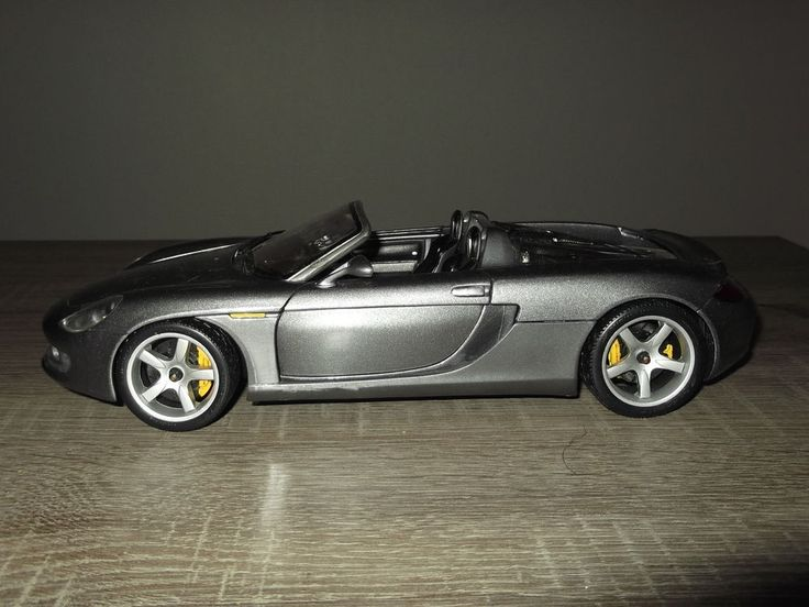 porsche carrera gt maisto chelle 1 18 en tr s bon tat sans boite livraison colissimo possible. Black Bedroom Furniture Sets. Home Design Ideas