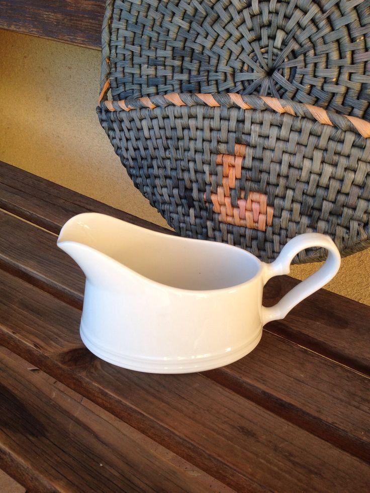 White Gravy boat, Johnson Bros gravy boat, Johnson Bros china, Johnson Bros England, White Porcelain Gravy Boat, Johnson Bros Replacement by WeFindVintage on Etsy