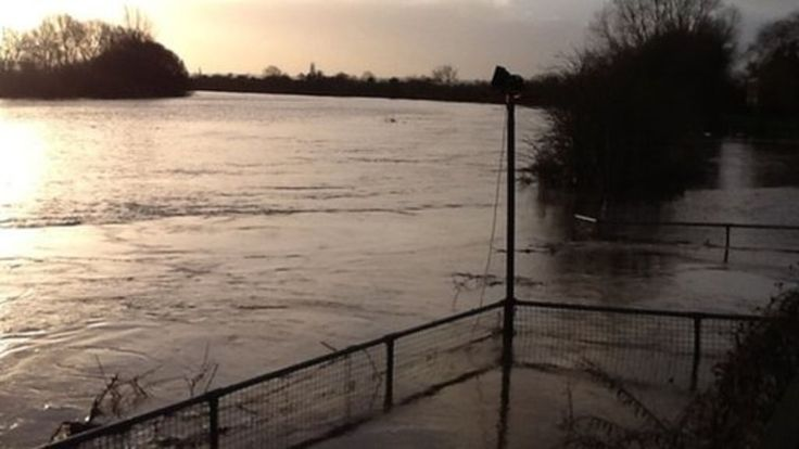 The Environment Agency confirms that it is cutting around 1,500 jobs, including some in flood protection work, as part of a major restructuring.