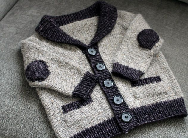 A selection of some of the most interesting posts we have seen on blogs and webs this week. Little old man sweater [on the picture]. Free Pattern: Do you want to build a snowman? Tulip bucket bag. …