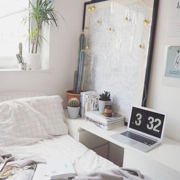 BAGGU & UO Grid Comforter - Urban Outfitters