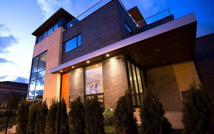 Contemporary House Near Lake Michigan
