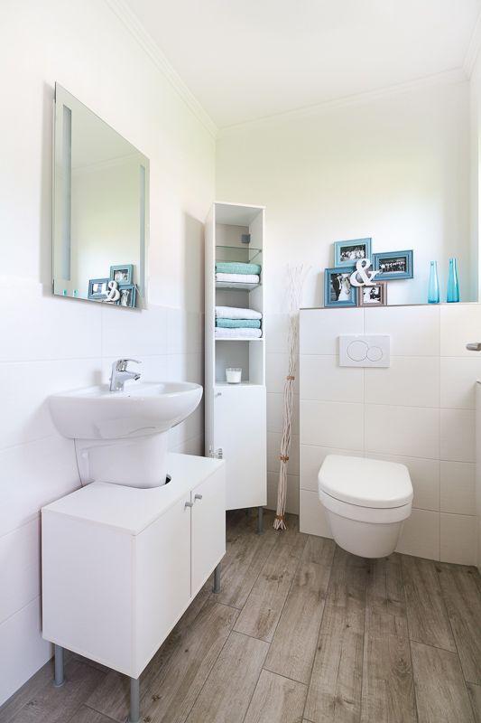 die besten 25 fliesen holzoptik bad ideen auf pinterest bad holzfliesen holzfliesen dusche. Black Bedroom Furniture Sets. Home Design Ideas