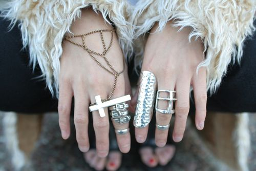 RingsBling, Fashion Outfit, Fashion Style, Fashion Rings, Jewelry, Jewels, Accessories, Silver Rings, Accessorizing