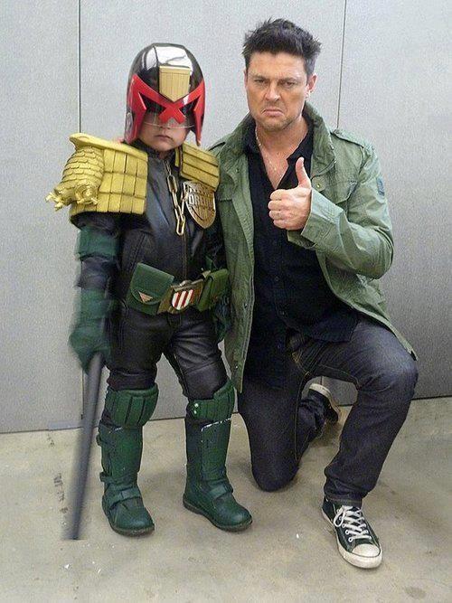 Karl Urban with kid Judge Dredd. This kid is adorable! Urban is kinda hot too!