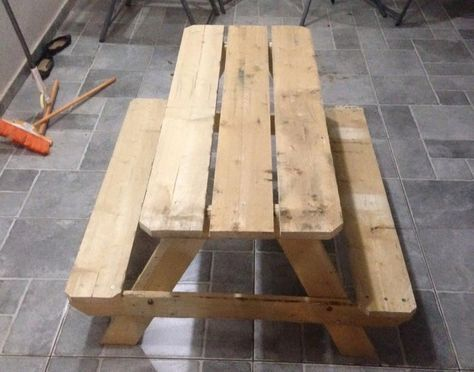 Pallet Picnic Table for Kids