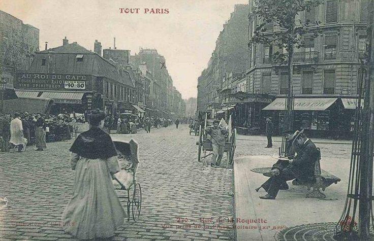 La rue de la Roquette vue depuis la place Voltaire, vers 1900.