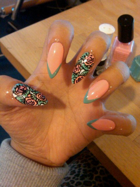 Claw/Stiletto Nails - Do you like this design? | LUUUX