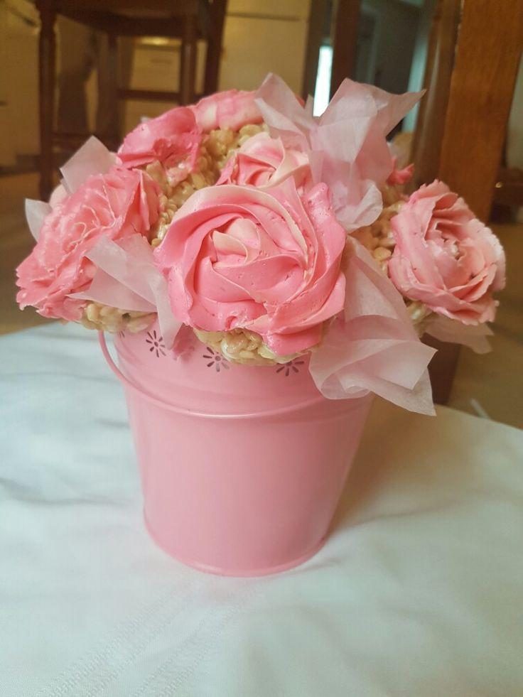 Rice Krispie cupcake bouquet!