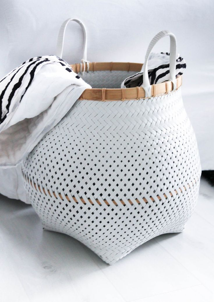 XXL Basket braided with handle natural-white
