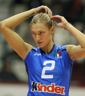 If you need some grit, she is the right one. #FightingSpirit #ValentinaArrighetti #volley