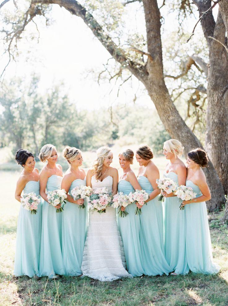 Bright blue spring Texas wedding: Photography: Jen Dillender - http://jendillenderphotography.com/wp1/
