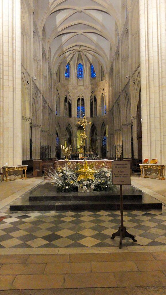 Abbaye Aux Hommes | File:Mairie de caen abbaye aux hommes St Etienne 589.JPG - Wikimedia ...