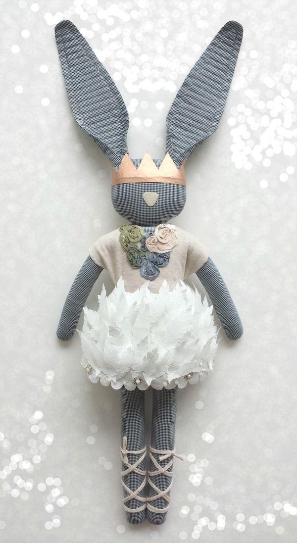Boîte à idées D.I.Y. : Pâques  #easter #diy #doityourself #loisirs #créatifs #idée #inspiration #lapin #couture #bunny #sewing #enfants #kids