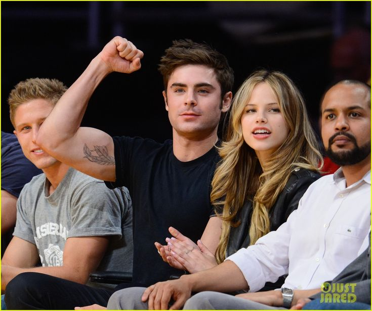 Zac Efron & Halston Sage Sit Courtside at Lakers Game Together