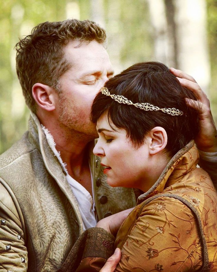 Pin by Karla FloNe on Once upon a time | Snow, charming ...