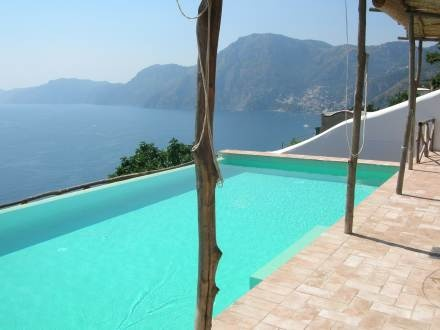 Can't beat this view! Historic villa for 6 people, with private pool, on Amalfi Coast,  http://www.interhome.se/english/italy/amalfi+coast/praiano/it6082.850.1