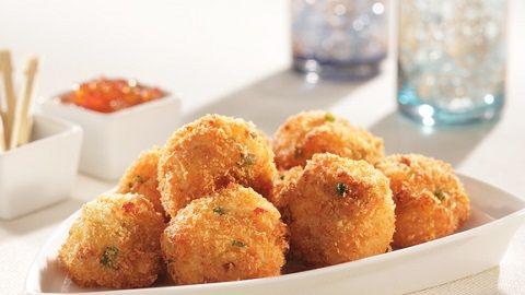 Siapa bilang makan tempe membosankan? Makan tempe bisa kok dengan cara unik dan tidak membosankan. #resepmasakan #tempe