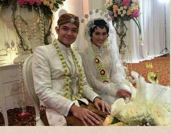 Javanesse wedding kebaya& beskap