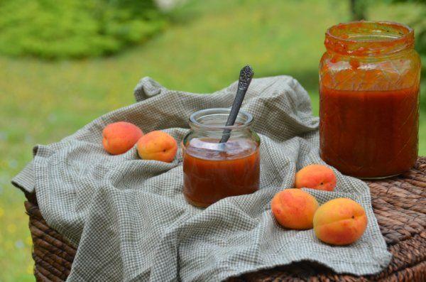 sárgabaracklekvár házilag  homemade apricot jam