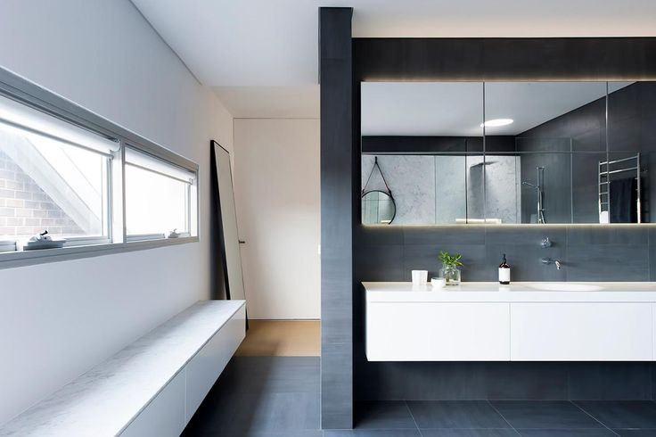 Die besten 25+ Monochromatisches zimmer Ideen auf Pinterest - wohnzimmer vorwand mit deko nische