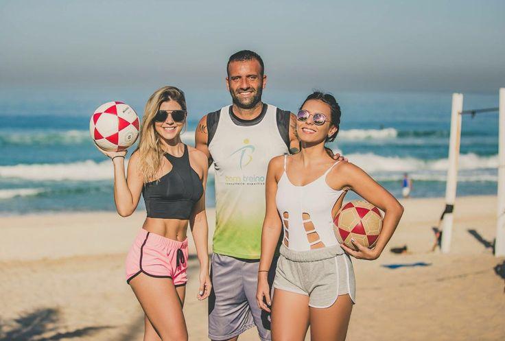 Definitivamente um dos esportes que tem mais a cara do Rio! O Comitê Organizador dos Jogos Olímpicos do Rio de Janeiro confirmou o futevôlei como evento cultural nas Olimpíadas, jogos acontecerão d...