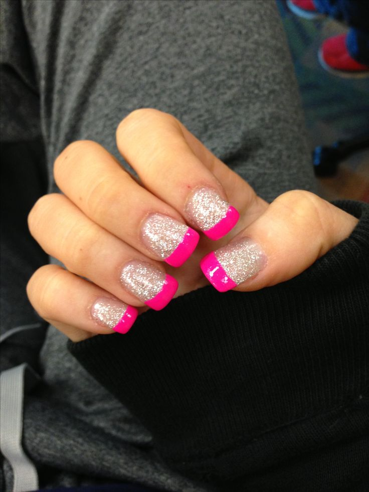 Sparkle nail with pink tip!