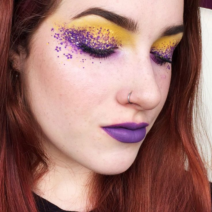 Pansy inspired •Eyeshadow: @sugarpill 'buttercupcake' and 'poison plum' and 'frostine', @makeupgeekcosmetics 'wisteria' and shades from the @katvondbeauty metal matte palette •Dots: @jeffreestarcosmetics 'I'm royalty' liquid lipstick, KVD 'ayesha' liquid lipstick and @nyxcosmetics_uk liners in white and 'vivid halo' •Lips: KVD 'ayesha' - - - - - - #motd #fotd #eotd #wakeupandmakeup #dressyourface #maybelline #revlon #mac #venuspalette #makeupgeek #violetvoss #lasplash #makeupof...