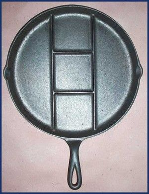 Antique Cast Iron Skillets Markings | Antique Griswold Cast Iron Skillets, Round Breakfast Skillet